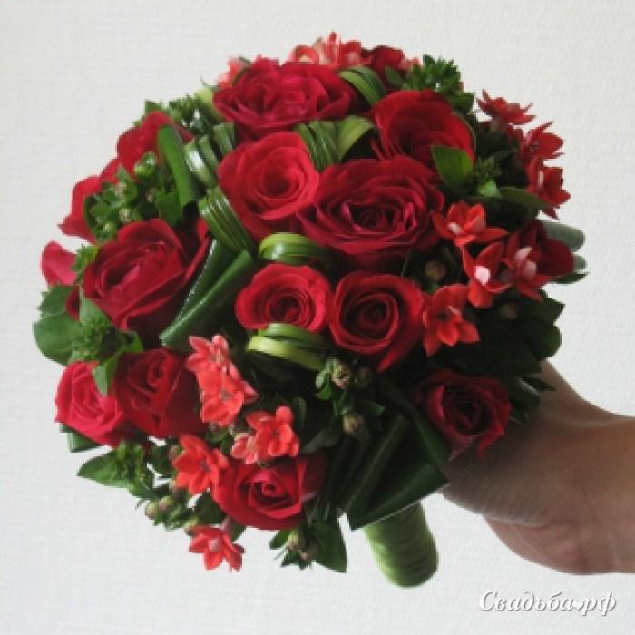 Круглый букет из красных роз значение, букеты цветов необычный